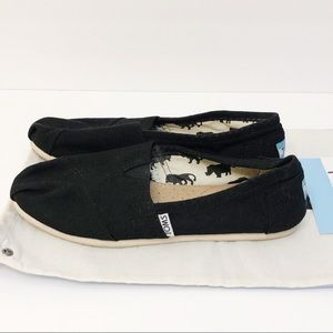 Toms Classic Plain Black Canvas Shoes